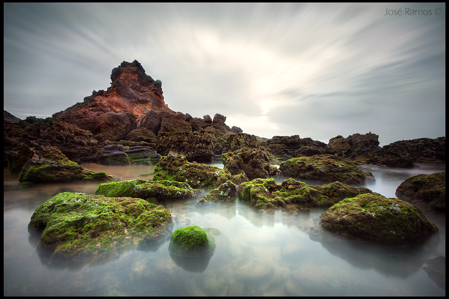 Long exposure waterscape sunset photography in Castelejo beach, in the Costa Vicentina, Algarve region, made by landscape photographer José Ramos from Portugal