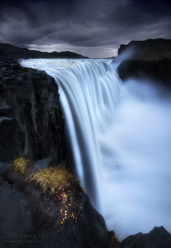 Long exposure waterscape photography in Detifoss waterfall, located in Iceland, made by landscape photographer José Ramos