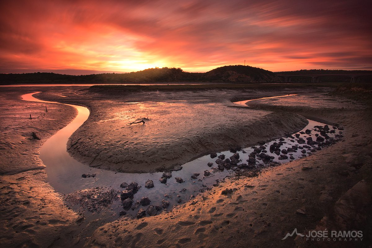 Long exposure landscape photography in Arade river, near Portimão located in the Algarve region, made by landscape photographer José Ramos from Portugal