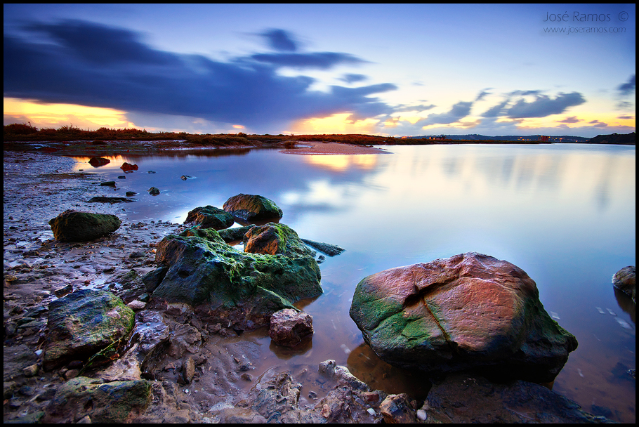 Long exposure waterscape photography in Alvor, in the Algarve region, shot by landscape photographer José Ramos from Portugal