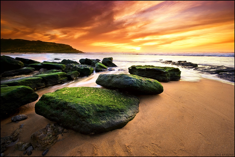 Long exposure waterscape photography in Maçãs beach, located in Sintra, shot by landscape photographer José Ramos from Portugal