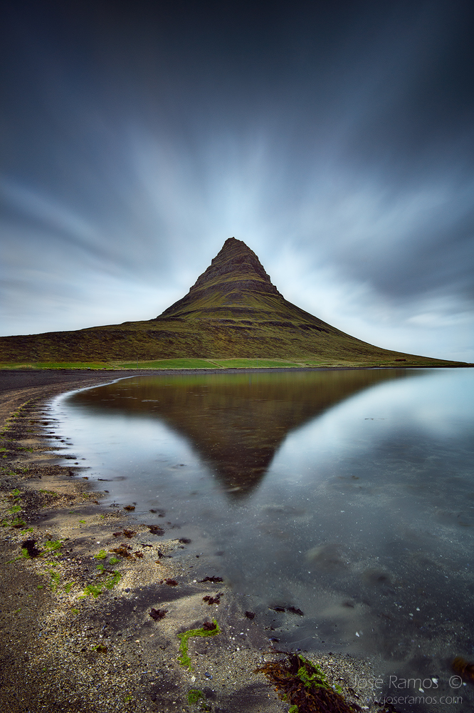 Landscape photo made in Kirjufell Mountain, by photographer José Ramos