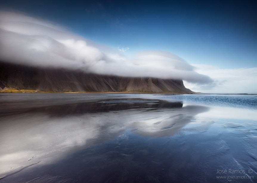 Long exposure landscape photo, shot in Iceland, depicting the Vesturhorn/Vestrahorn mountains.