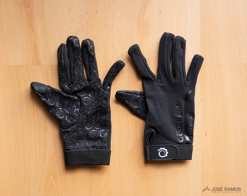 Gear Top Gloves