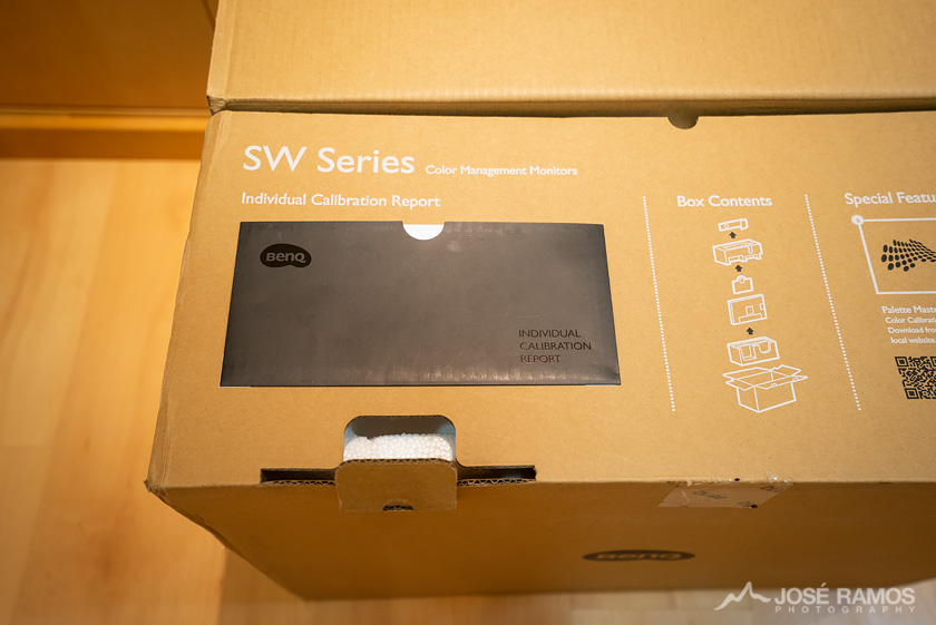 BenQ SW240 Monitor Unboxing Calibration Report 1
