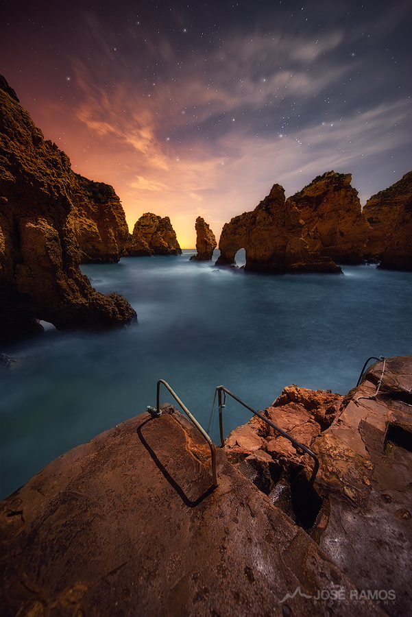 Long exposure photo captured in Ponta da Piedade, Lagos, in Portugal. Shot by landscape photographer José Ramos