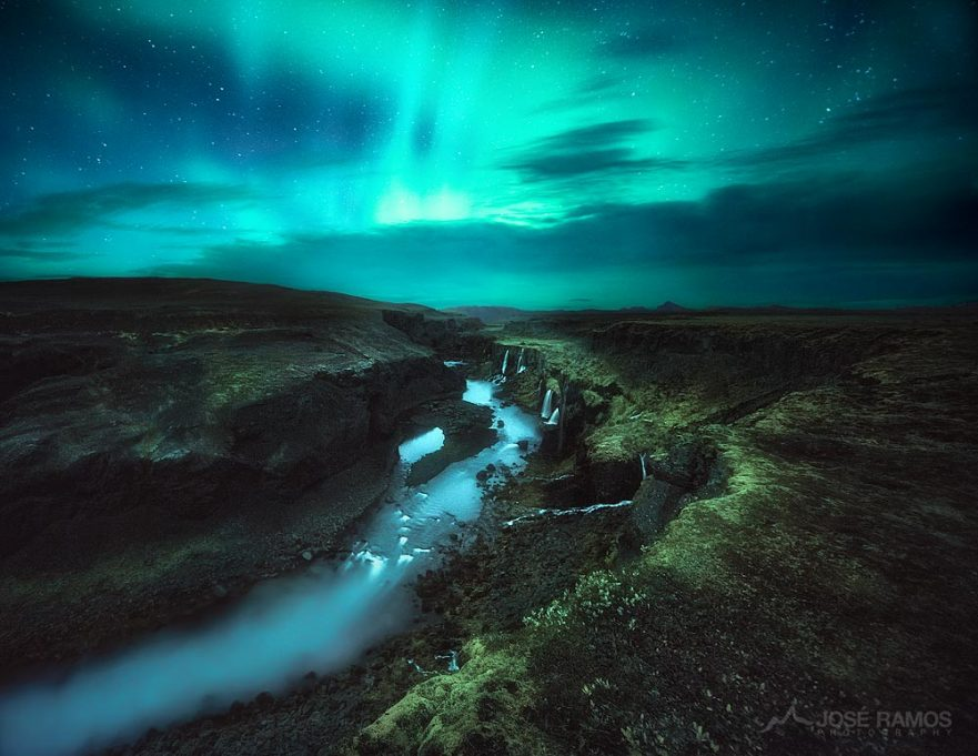 Northern Lights photo above the Sigoldugljufur Canyon in Iceland, shot by landscape photographer José Ramos