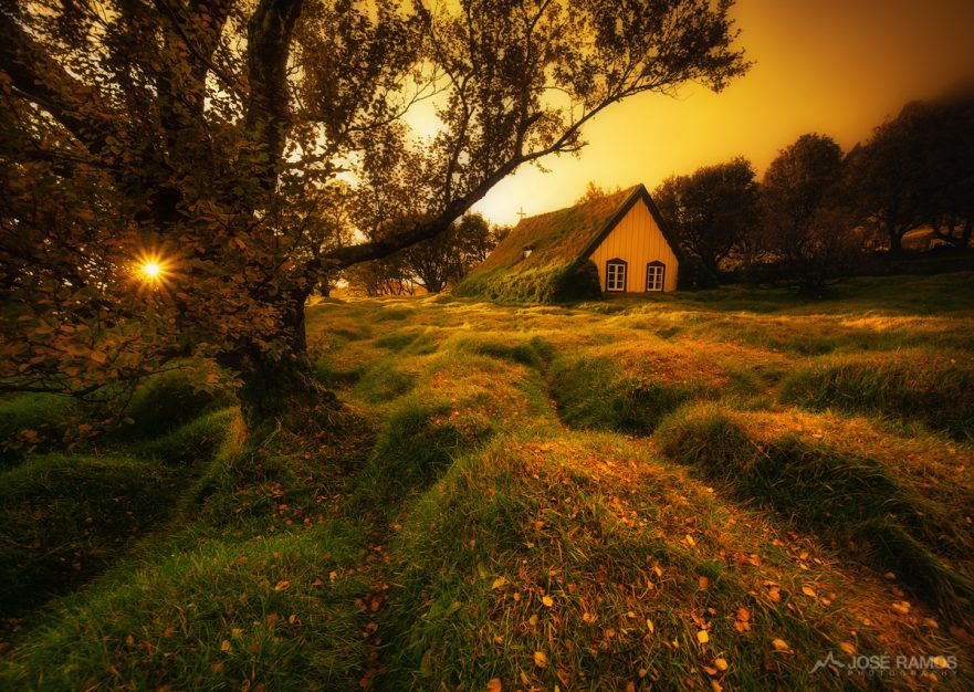 Landscape photo from Iceland, showing the unique Hofskirkja turf church, shot by landscape photographer José Ramos