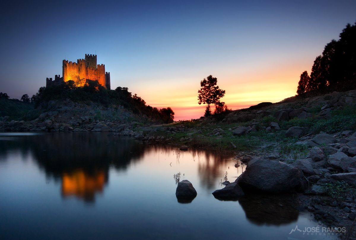 Landscape photo showing the Almourol Castle in Portugal, shot during sunset by landscape photographer José Ramos