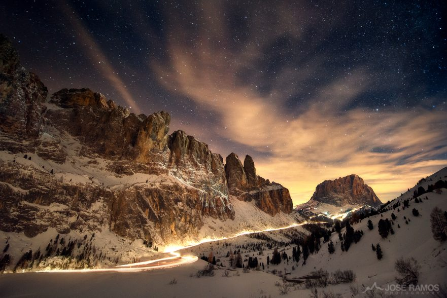 Nigh photography made in Passo Gardena, located in the Dolomites, Italy, shot by landscape photographer José Ramos