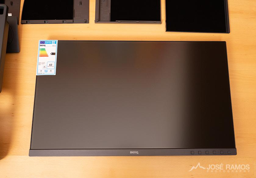 BenQ SW270C Monitor Unboxing